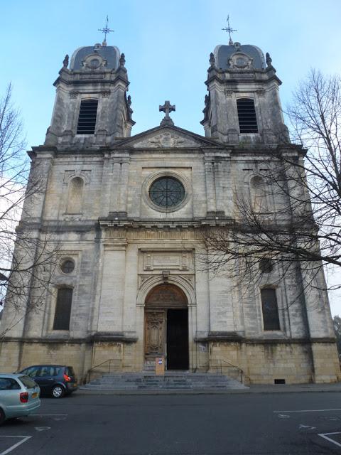 La façade occidentale de la cathédrale, réalisée à la fin du XIXème siècle.