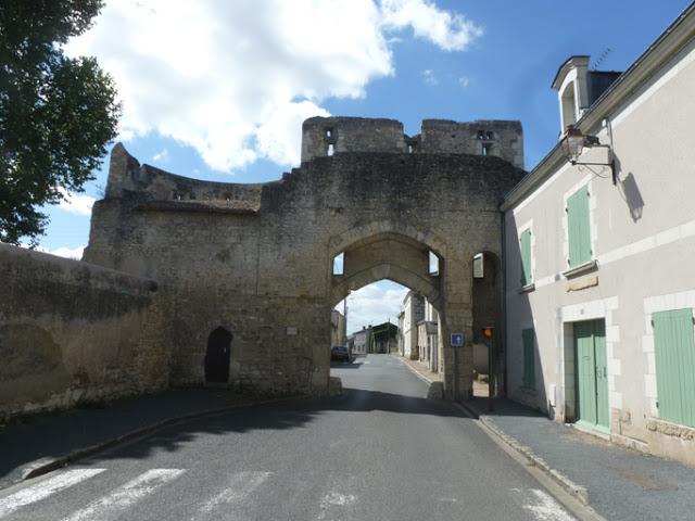 Porte Montreuil-Bellay