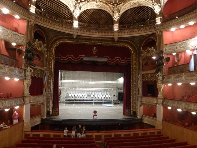 La salle de spectacle de l'opéra