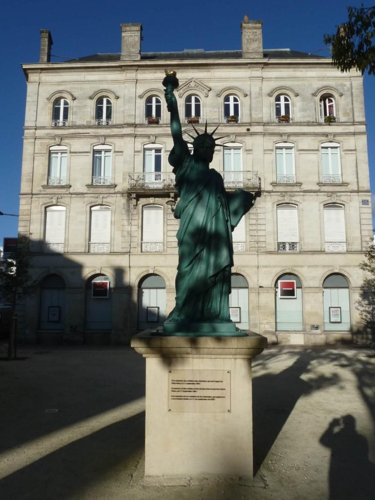 Réplique de la statue de la Liberté à Bordeaux