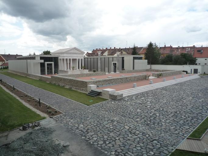 Le site de l'Iseum savariense