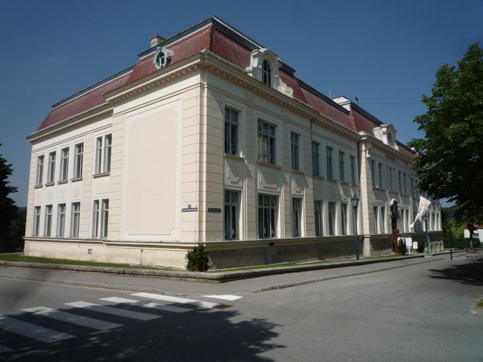 Volksschule Berndorf (1)