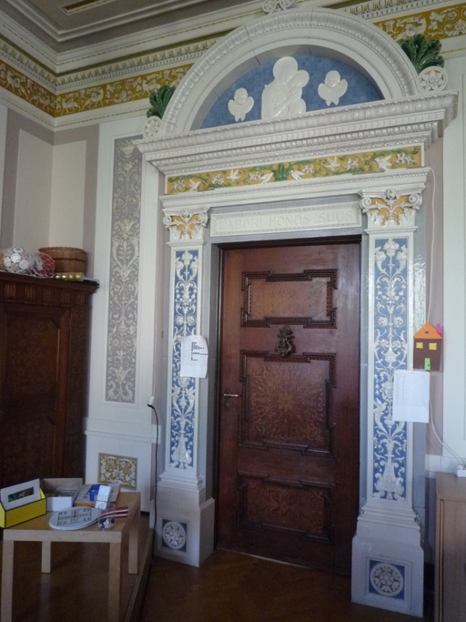 La porte de la salle Renaissance romaine