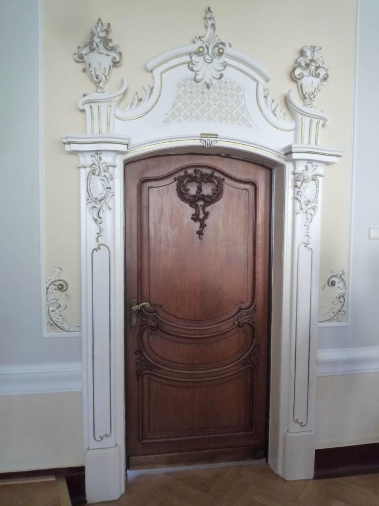 La porte de la salle Rococo
