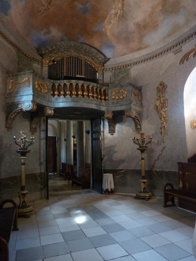 La chapelle ovale a été construite en 1778.