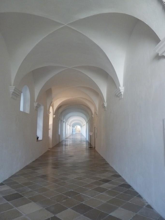 Une galerie du cloître.