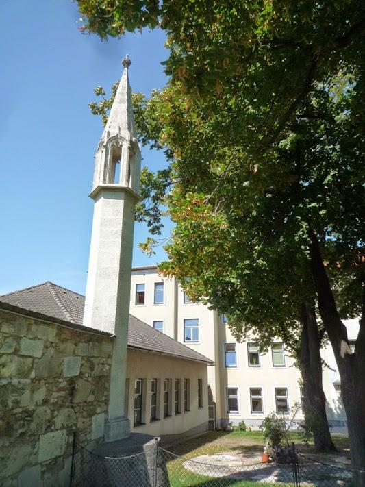 La lanterne des Morts à Hainburg-an-der-Donau a été érigée vers 1400.