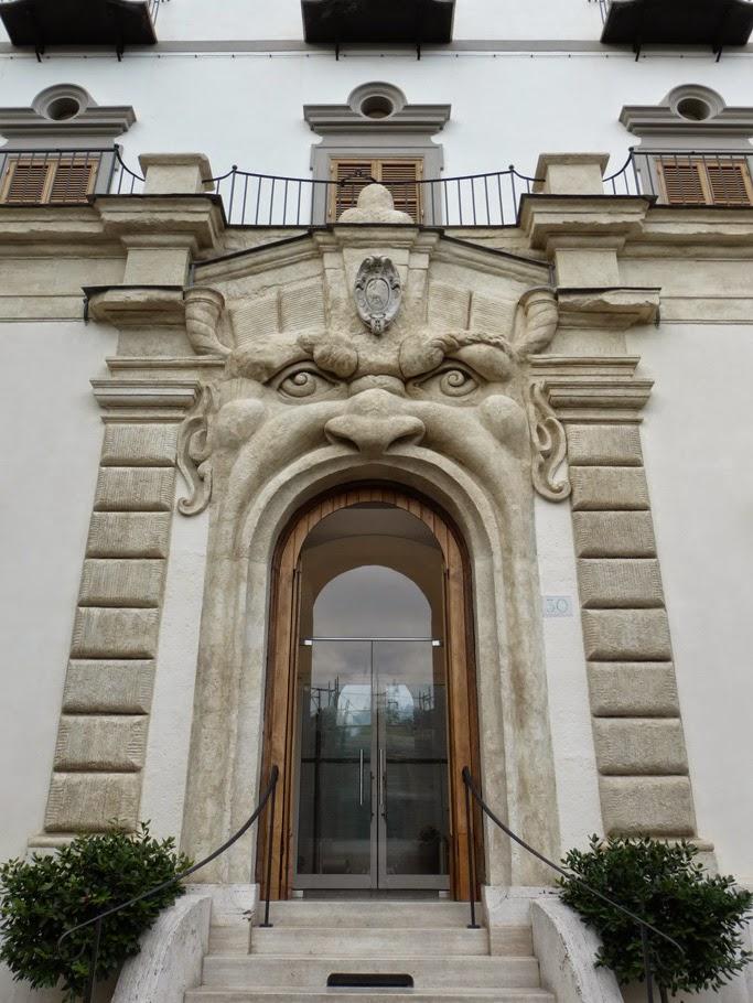 ROMA - Palazzetto Zuccari 1
