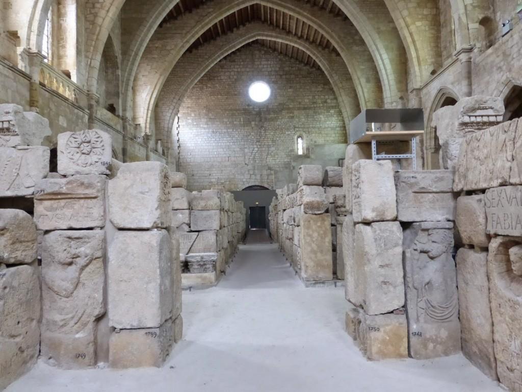 Menacée de destruction à cause de la pression immobilière au début du XXe siècle, l'église sera en partie sauvée grâce à la collection lapidaire qu'elle abrite.