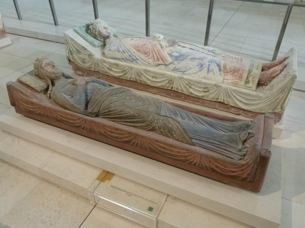 FONTEVRAUD Gisant d'Isabelle d'Angouleme et de Richard Coeur de Lion