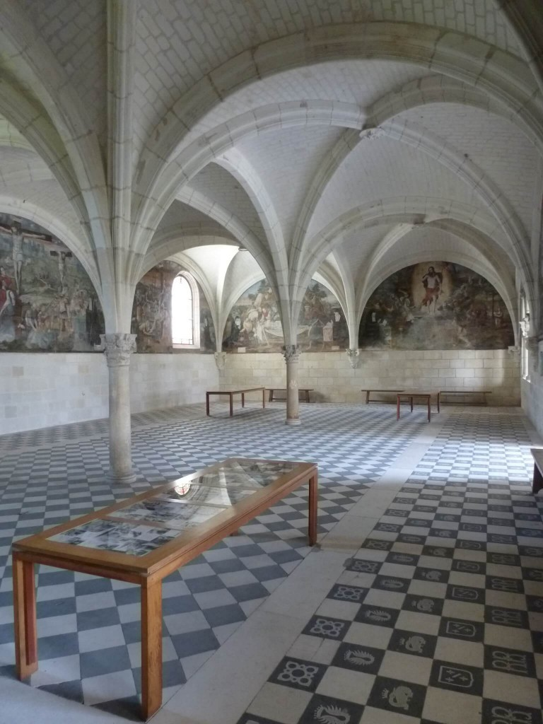 FONTEVRAUD Salle capitulaire